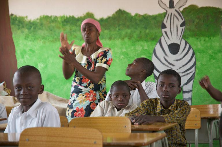 Community School, Cavungo